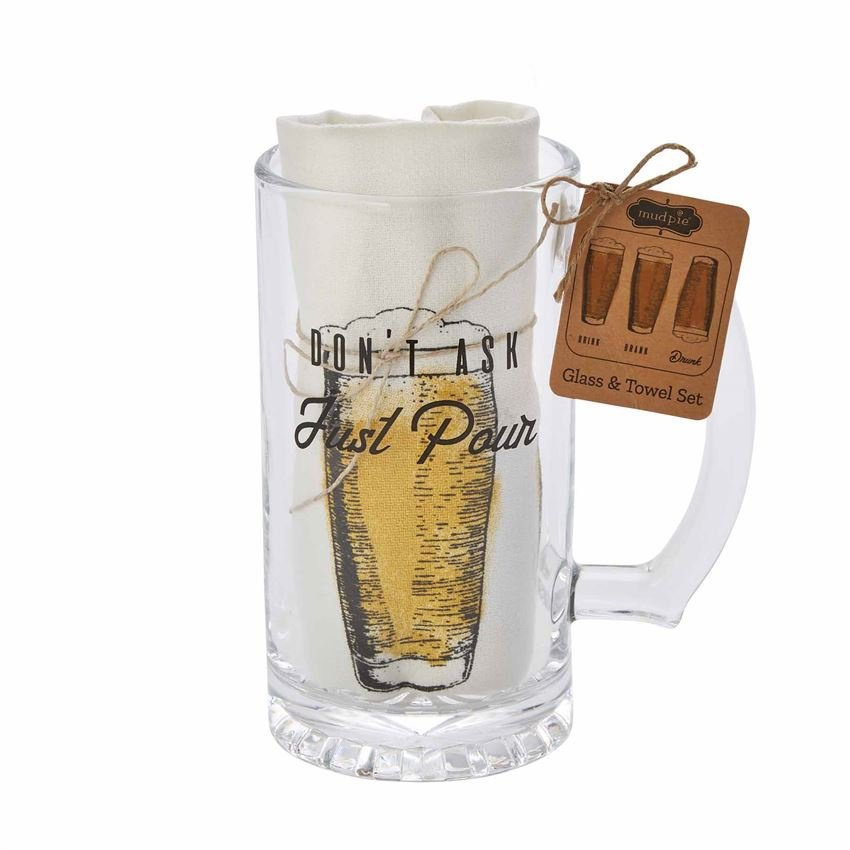Beer mug with dish towel